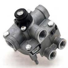 Пневматические тормозные системы Ускорительные клапаны