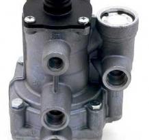 Пневматические тормозные системы Клапаны управления тормозами прицепа